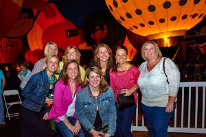 Glow in the Park Balloon Glow Dinner benefiting HSMO pets